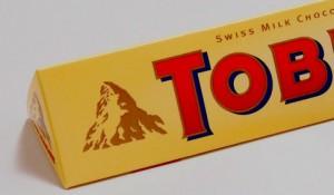 L'amateur de ce chocolat a-t-il vu l'ours qui se cache dans le rocher? L'ours est l'animal symbole de la ville de Berne en Suisse.